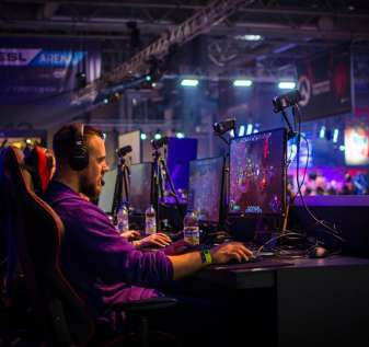UK's CAP Issues Advice Notice to eSports Gambling Operators