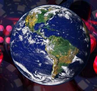 Gambar Bumi Dengan Dadu dan Keripik Kasino Pudar di Latar Belakang