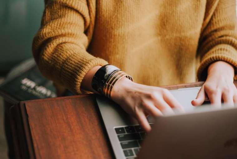 Perjudian Online dan Metode Pembayaran Dompet Elektronik