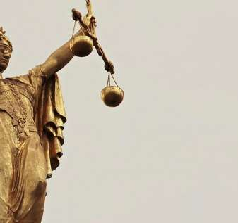 Whistleblower pencucian uang perjudian Australia digugat oleh kelompok perdagangan