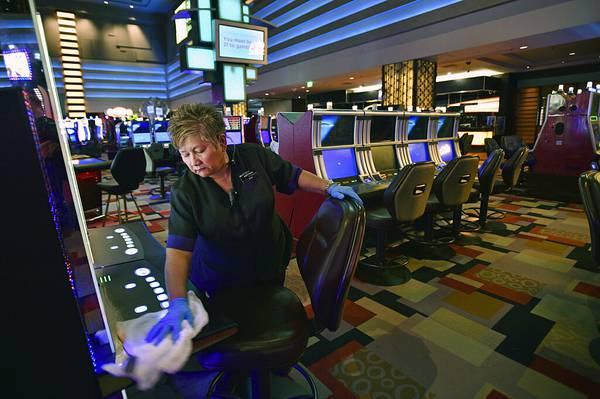 Regulator perjudian Nevada, aturan OK untuk pembukaan kembali kasino