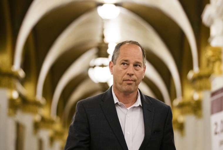 Anggota Parlemen Top GOP yang cepat melacak ekspansi judi yang menguntungkan yang akan menguntungkan donor kampanye besar - Berita - The Intelligencer