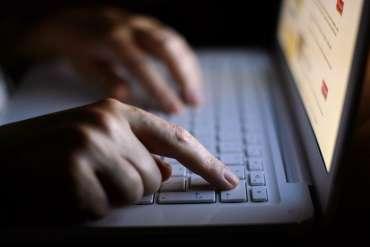 Coronavirus telah meningkatkan pertaruhan untuk reformasi perjudian online, sekarang pemerintah harus bertindak