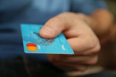 Juli: Pemblokir kartu perjudian | Berita dan fitur