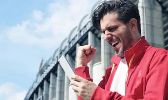 Membandingkan Taruhan Sepak Bola dengan Taruhan Berjudi di Kasino Online di Inggris   Talk Football
