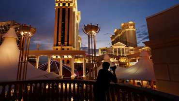 Perusahaan kasino Nevada mendapat persetujuan untuk menjadi raksasa judi