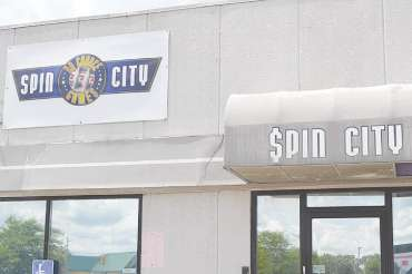 Spin City, located on Miller Road in Flint Township, has been shut down since February 2019 following a cease and desist order issued by the Michigan Attorney General's office. Photo by Ben Gagnon
