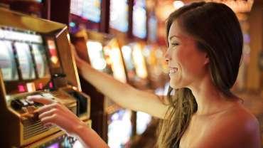 gambling stocks - 3 Gambling Stocks to Buy After Penn National Gaming's Earnings Pop