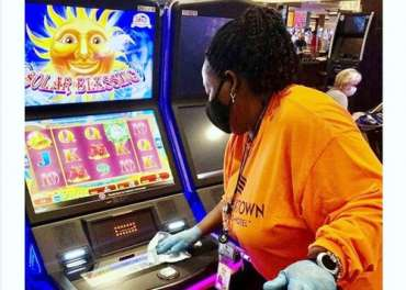 Batas waktu Detroit | LeDuff: Seberapa amankah kasino Detroit? Sumber menyarankan mereka berjudi dengan Covid