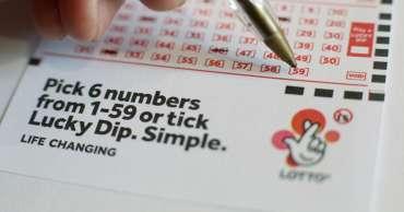Di bawah 18 tahun menghadapi larangan Lotere Nasional dalam upaya untuk membatasi perjudian remaja