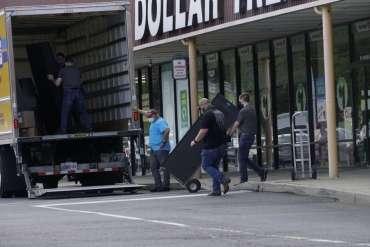 Pihak berwenang menyita 57 perangkat perjudian video dari kasino tidak berlisensi di Kenhorst Shopping Center | Kejahatan