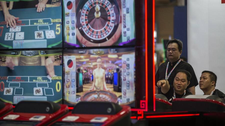 Para pencucian uang menggunakan situs belanja online China untuk menyalurkan uang tunai ke luar negeri