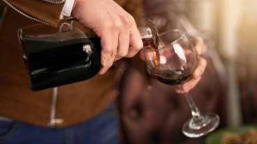 Minuman suami saya, judi online membuat penguncian menjadi sulit