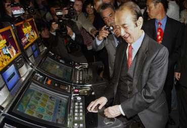Stanley Ho: 'raja judi' yang membangun Macau