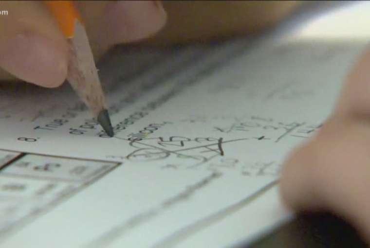Guru-guru ISD Austin merasa bahwa distrik sekolah 'bertaruh dengan kehidupan mereka' dengan rencana kelas pribadi
