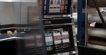Kasino mencari cara untuk menarik pelanggan kembali ke perjudian, bisnis berputar untuk membantu