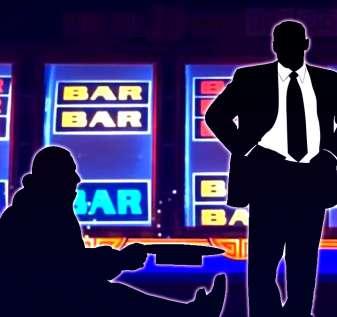 Siluet Pria Kaya dan Miskin Dengan Latar Belakang Slot