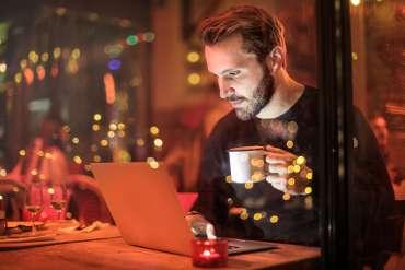 Hasil perjudian online GB jatuh di semua vertikal pada bulan Juli