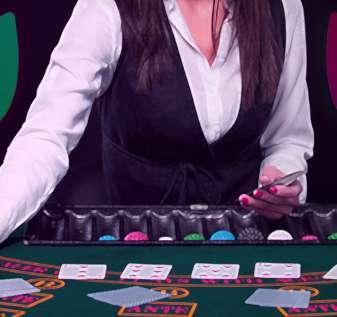 Dealer Blackjack Wanita Dengan Grafis Topeng Bahagia dan Sedih